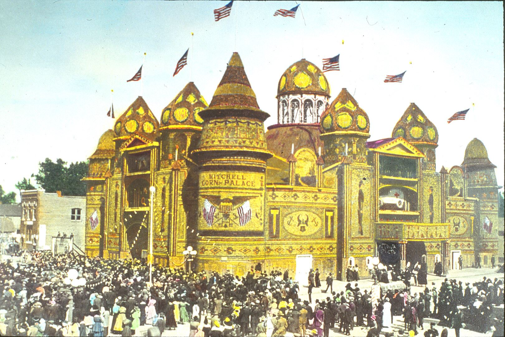 An image of the Corn Palace from 1917.