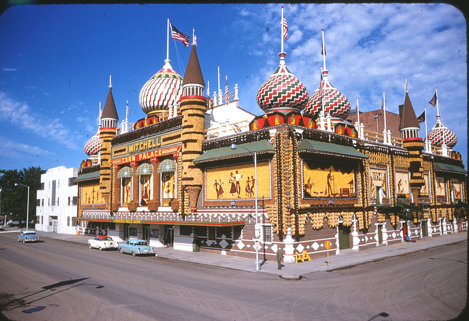 An image of the Corn Palace from 1954.