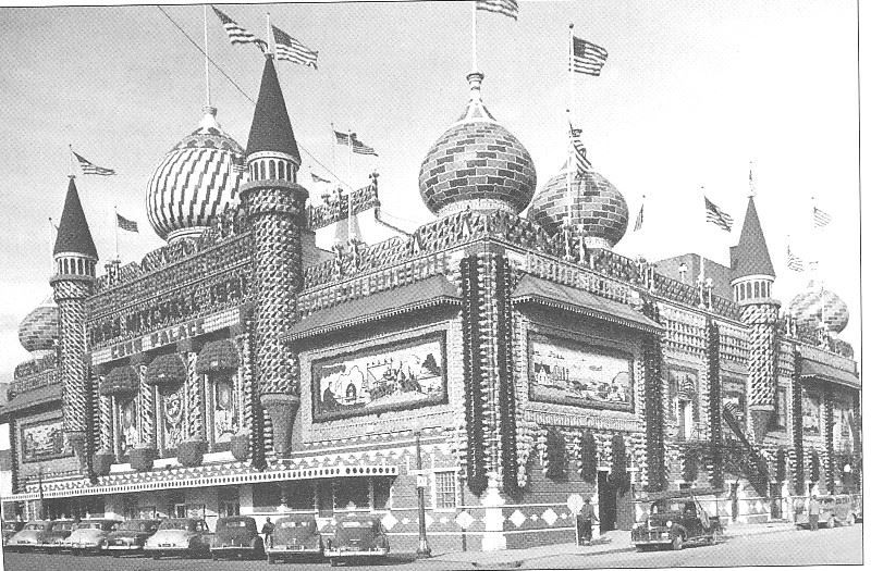 An image of the Corn Palace from 1975.
